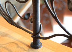 """la magia e la """"leggerezza"""" del ferro battuto a mano - the magic and the """"lightness"""" of handmade wrought iron"""