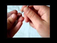 Fantastic russian tutorial, how to felt a crazy cat Can´t belive how she don´t pin her fingers..oohhh