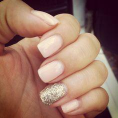 Glitter accent finger nail art