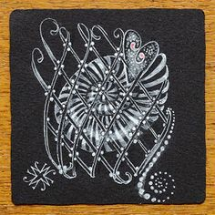 By Maria Thomas, Zentangle co-founder, spiral love
