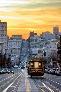 Beautiful colors, beautiful city! The #cablecars are San Francisco's only moving national historic landmark.