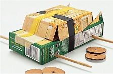 auto surprise maken Cardboard Model, Cardboard Car, Cardboard Playhouse, Cardboard Furniture, Cardboard Crafts, Paper Mache Crafts, Glue Crafts, Car Crafts, Art Activities For Kids