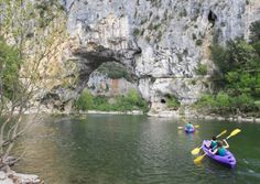 Canoe in Ardèche to get right up close to some of France's natural wonders. ©tomy2/thinkstock