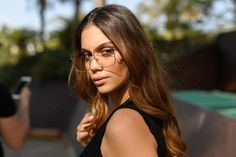 CRUSH LOOK: Anna Amanatidou posing with our transparent eyewear for a breathtaking look! Woman Style, Wholesale Fashion, Eyewear, Therapy, Long Hair Styles, Sunglasses, Elegant, Metal, Girls