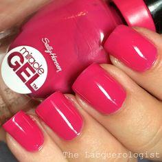 New nails acrylic gel sally hansen Ideas Cute Nail Colors, Nail Polish Colors, Gel Nail Polish, Cute Nails, Gel Nails, Manicure Colors, Beauty Kit, Beauty Ideas, Acrylic Gel