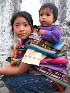 Did you know that before Christopher Colombus discover #America, we had Asian immigration? You can see the features in this #Guatemalan girl.