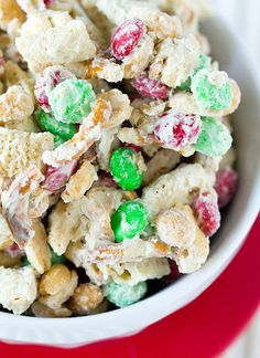 Reindeer Chow ~ a delicious sweet and salty holiday treat