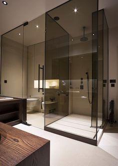 Modern glass walk in shower enclosure!