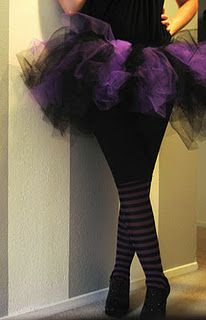 adult tutu tutorial - I made my own tutu this year. They suggest about 4yrds of tulle but I used 15 and it was super fluffy and fun!