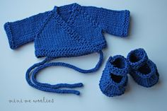 Mini me woolies custom jewelwing knit set.