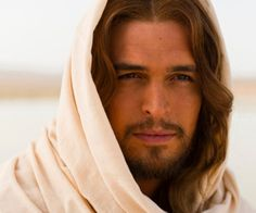 Christ Jeshua, Emmanuel (God is with us). Portrayed by Diogo Morgado, who is a Portuguese actor who may be best known for his portrayal of Jesus Christ in the History Channel epic mini-series The Bible and in the film Son of God. The Bible Miniseries, Roma Downey, Image Jesus, Jesus Christus, Jesus Pictures, Jesus Pics, Bible Pictures, Black Metal, Christianity