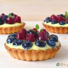 Oh, how I love fruit & pastry cream tarts 😍💕💕 #love #beautiful #dessert #deliciousfood #design #delicious #delight #pastry #pastrylove #pastrylife #ontheplate #onthetable #instafood #instaphoto #instadessert #foodgram #foodphotography #foodporn #foodgasm #foodphoto #tartshell #tartlet #flavors #fruittart
