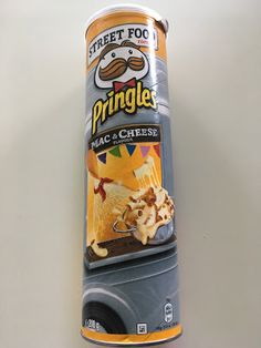 "There are a few new flavours of Pringles out, under a ""street food"" banner. Pringle Flavors, Potato Chip Flavors, Packaging Snack, Junk Food Snacks, Snack Items, Potato Crisps, Food Banner, I Love Chocolate, Weird Food"