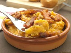 Patatas revolconas (o patatas meneás) - Tie Tutorial and Ideas Patatas Guisadas, Tapas, Macaroni And Cheese, Side Dishes, Meals, Vegetables, Cooking, Ethnic Recipes, Food