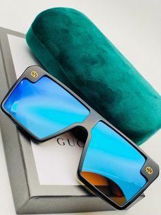 Oakley Sunglasses, Sunglasses Case, Badges, Fashion Beauty, Instagram, Accessories, Sunglasses, Lenses, Badge