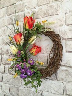 Spring Tulip Wreath Spring Wreath Front Door by AdorabellaWreaths