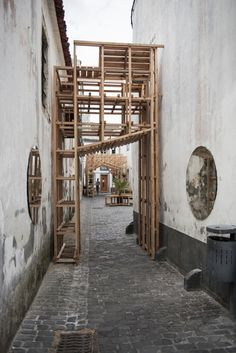 Gallery of Orizzontale Activates the Street with Wooden Intervention in the Azores Islands - 8