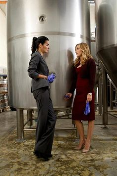 Great shoes on Isles / Angie_Harmon: & an all new #RizzoliandIsles ...