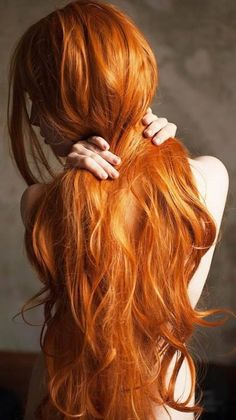 Lovely Copper Balayage - 60 Auburn Hair Colors to Emphasize Your Individuality - The Trending Hairstyle Beautiful Red Hair, Beautiful Redhead, Beautiful Women, Hair Inspo, Hair Inspiration, Long Red Hair, Really Long Hair, Ginger Girls, Copper Hair