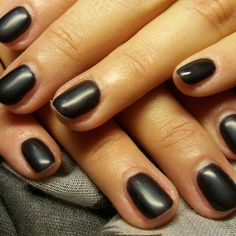 #matte_mettalic_black#shellac_nails