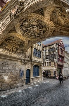 Rouen: rue du Gros - Horloge
