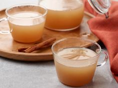 Shortcut Slow-Cooker Apple Cider Recipe from Food Network - has multiple steps but sounds really good! Add some bourbon and it could be a great party cocktail. Pear Recipes, Fall Recipes, Holiday Recipes, Budget Recipes, Drink Recipes, Slow Cooker Apples, Slow Cooker Recipes, Crockpot Recipes, Slushies