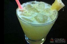 Receita de Caipirinha de abacaxi em receitas de bebidas e sucos, veja essa e outras receitas aqui!