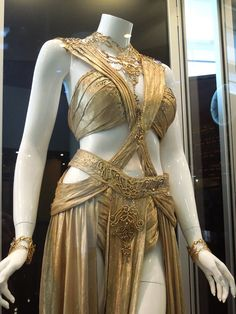 "dejah thoris costume worn by actress lynn collins in the movie ""john carter"". Love!!"