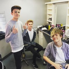 """Pic @newhopeclub @newhopereece @newhopegeorge @newhopeblake in makeup"" -Loved Reese voice since Stero Kicks but love him even more with these two boys voices"