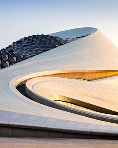 "2 Gostos, 1 Comentários - mirae interiors (@mirae_interiors) no Instagram: ""Love this... Harbin Opera House.  Big fan of Ma Yansong  @madarchitects  Adam Monk"""