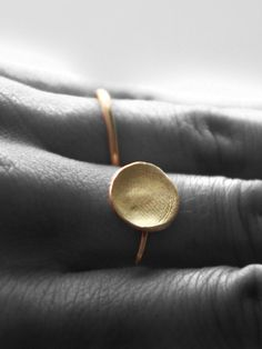 Fingerprint Ring: based on your loved one's own fingerprint