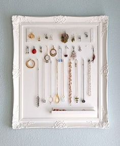 Jewelry Storage Frame | 39 DIY Christmas Gifts You'd Actually Want To Receive