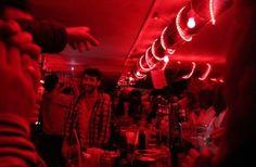 Le Café Chéri, ça colle - tout le monde le dit ! Mais surtout, c'est une ambiance. Un blind test tous les mercredis ou presque et on peut s'y attabler tôt with no guilt : happy hour de 17h à 20h en semaine. /// Café Chéri(e), 44 Boulevard de la Villette, 75020 Paris /// - { Recommended by Excevia Chauffeurs & Services - Paris www.excevia.com }