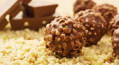 Chocolate Hazelnut Truffles Recipe - Learn how to make delicious, crunchy and creamy Hazelnut Truffles Nutella Balls for the Christmas celebration. Italian Chocolate, Chocolate Hazelnut, Chocolate Coating, Vegan Desserts, Delicious Desserts, Dessert Recipes, Plated Desserts, Chocolat Ferrero Rocher, Fudge