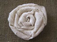 DIY burlap flowers - add them to a wreath or anything else. Burlap Projects, Burlap Crafts, Fabric Crafts, Sewing Crafts, Sewing Projects, Craft Projects, Paper Crafts, Craft Ideas, Burlap Rosettes
