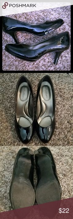 KELLY & KATIE patent leather heels Black patent leather heels, size 8.5, padded insole, no scuff marks, cute and comfortable, great condition,accepting all reasonable offers,bundle for discounts Kelly & Katie Shoes Heels