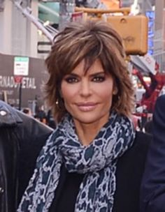 lisa rinna's hair is the Best!!!!!