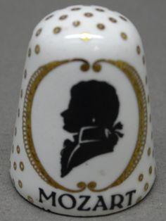 Mozart. Arta thimble. Austria. Cobre esmaltado. Thimble-Dedal-Fingerhut. Finger, Antique Tools, Composers, Austria, German, Fancy, Sewing, Antiques, Metal