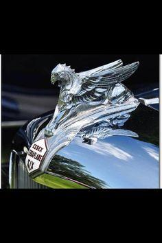 Essex Hood ornament LL:) Car Badges, Car Logos, Car Bonnet, Car Hood Ornaments, Mazda Cars, Radiator Cap, Automotive Art, Exotic Cars, Automobile
