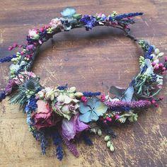 This is my favourite colour combination ever #folkydokey #driedflower #driedflowers #driedflowercrown #flowercrown #boho #bohemian #bohobride #bohowedding #wedding #weddinghair #flowercrown #floralcrown #flowers #bespoke #handmade
