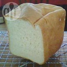 Bread maker butter bread, makes me miss my uncles homemade bread! Pan Bread, Bread Cake, Bread Baking, Bread Maker Recipes, Pastry Recipes, Butter Bread Recipe, Best Bread Machine, Cooking Dried Beans, Bread And Pastries