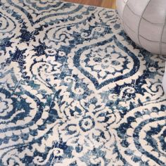 Amy Royal Trellis Cream/Blue Area Rug – Area Rugs in living room Blue And White Rug, Blue And White Living Room, Cream Living Rooms, Living Room Carpet, Rugs In Living Room, Navy Blue Rugs, Living Room Decor Blue, Blue And Cream Bedroom, Room Color Schemes