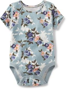 How sweet is this little girl playsuit! Love the pink and floral.
