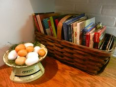 Nice basket on the counter for cookbook storage Cookbook Display, Cookbook Organization, Cookbook Storage, Home Organization, Organization Ideas, Storage Ideas, Prep Kitchen, Kitchen Decor, Kitchen Ideas