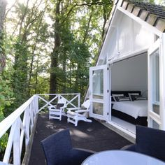 Diy Caravan, Caravan Home, Bed & Breakfast, Forest House, Cozy Corner, Cottage Design, Holidays With Kids, Town And Country, B & B