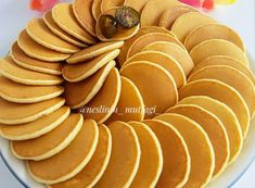 MUHTEŞEM ALTIN PANKEK Breakfast Items, Pancakes, Snacks, Fruit, Vegetables, Ethnic Recipes, Food, Bakken, Appetizers