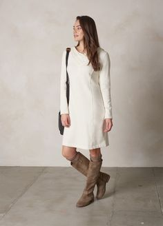 winter Outdoorsy Style, Outdoorsy Fashion, Autumn Winter Fashion, Fall Winter, Layered Look, Getting Married, White Dress, High Neck Dress, My Style