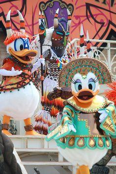 "Tokyo DisneySea ""Mysterious Masquerade"" by ナギ (nagi), via Flickr"