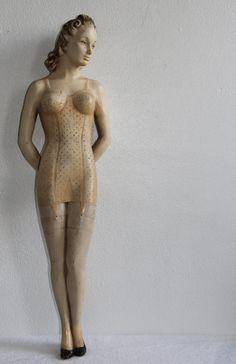 "Wow - this 1920's vintage mannequin is 29"" tall - and she'd be a great Muse in my studio."
