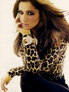Leopard blouse with gold accessories